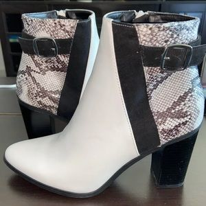 Black & White Snake Print Booties